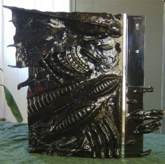 ps3_aliens_casemod.jpg